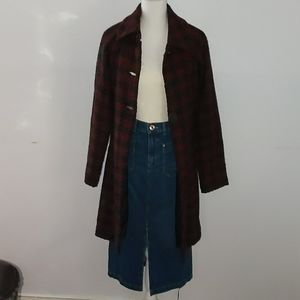 Mac & Jac   Black and Red coat Size 2